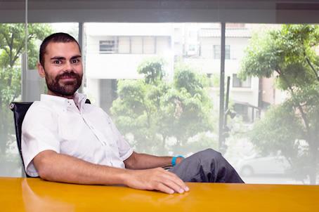 アクティブゲーミングメディア(http://www.activegamingmedia.com/ja/) 代表取締役:Ibai Vinas Ameztoy (イバイ・アメストイ) 様